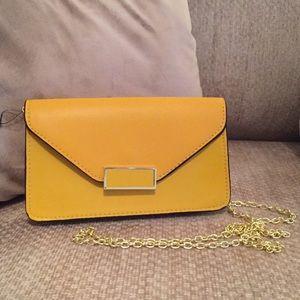 Small Mustard Crossbody Handbag 👜💋💋💋